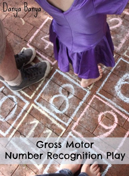 Gross Motor Number Recognition Play