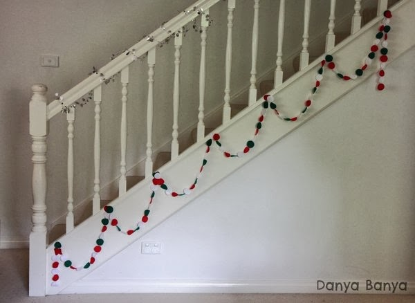 Easy DIY felt Christmas garland